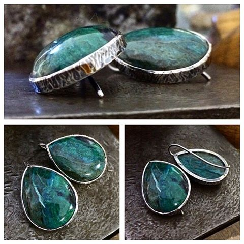 Chrysocolla in Quartz with Cuprite earrings. Textured and oxidised Sterling Silver. These are soooo comfortable! I want to keep them No!!!!! The first pair of earrings I have cut the stones for! They will be for sale as soon as I price them # rough stones from @campitos_sunrise_minerals
